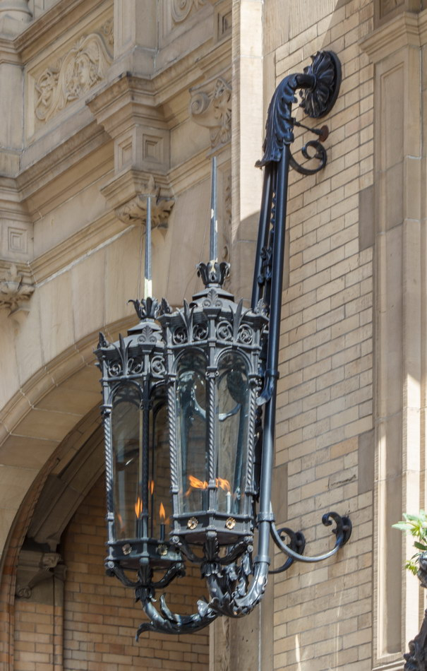 The Dakota - gas lamps flank entry.