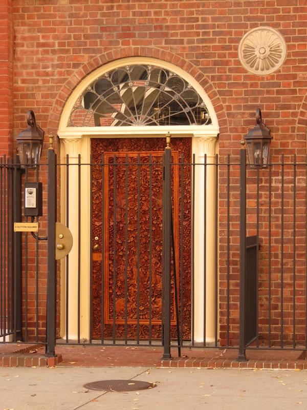 Doors of Manhattan: d48 []