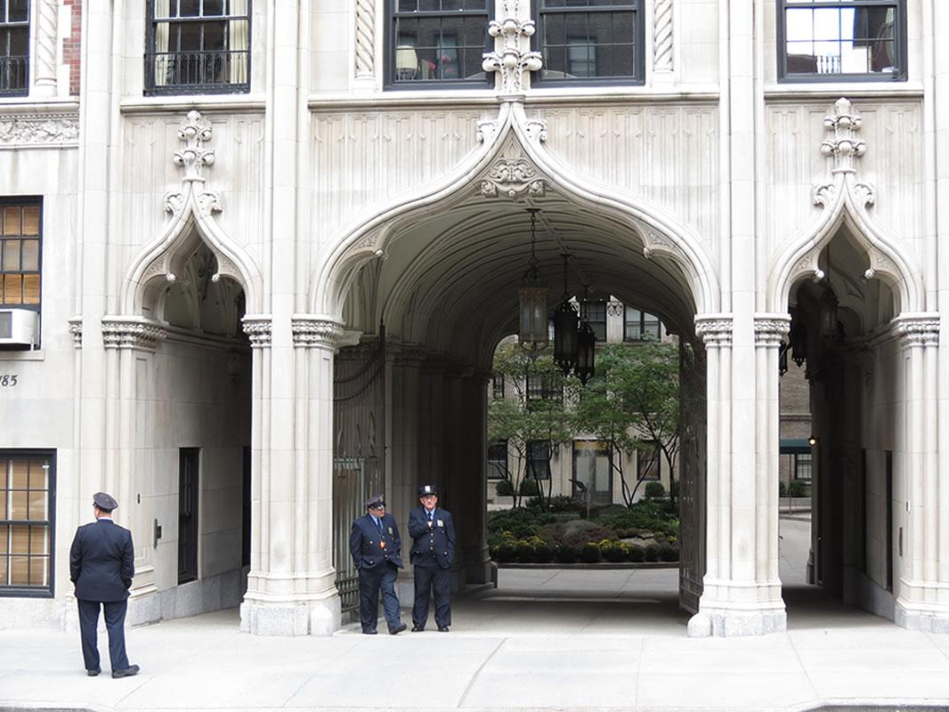 Doors of Manhattan: d70 []