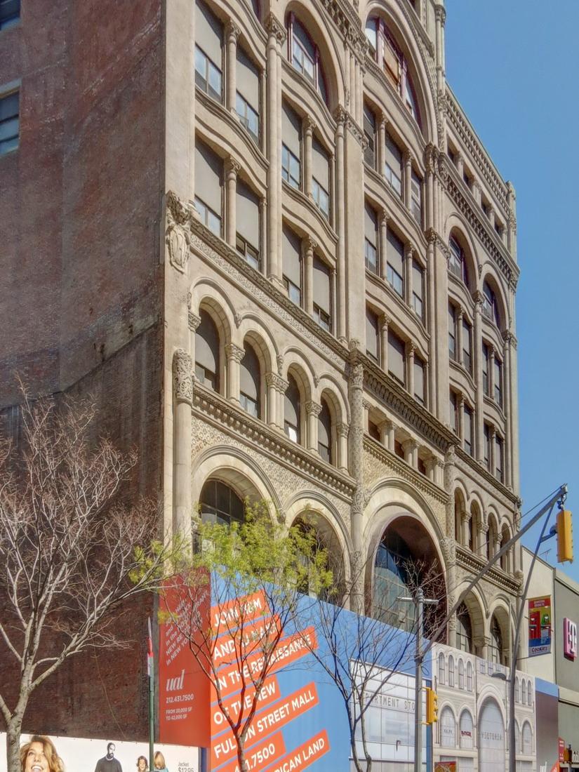 [Downtown Brooklyn] IMG_7456_7_8Adjust [4/4/2012 12:20:03 PM]