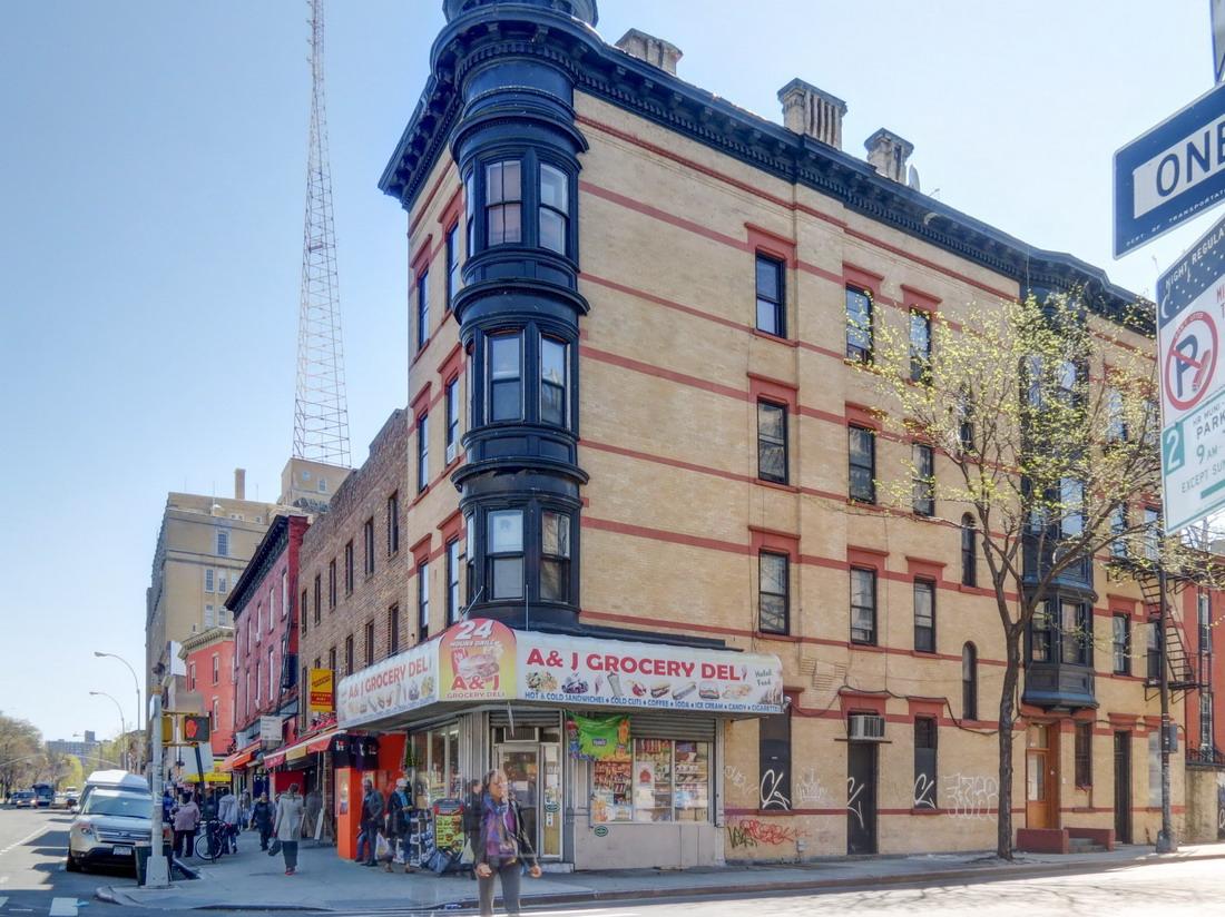 [Downtown Brooklyn] IMG_7183_4_5Adjust [4/4/2012 10:53:28 AM]