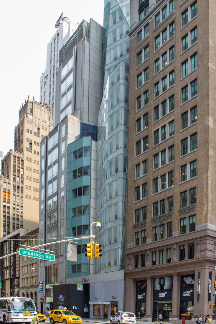 [Fifth Avenue Swath] Q00_3186 [6/11/2012 10:36:26 AM]