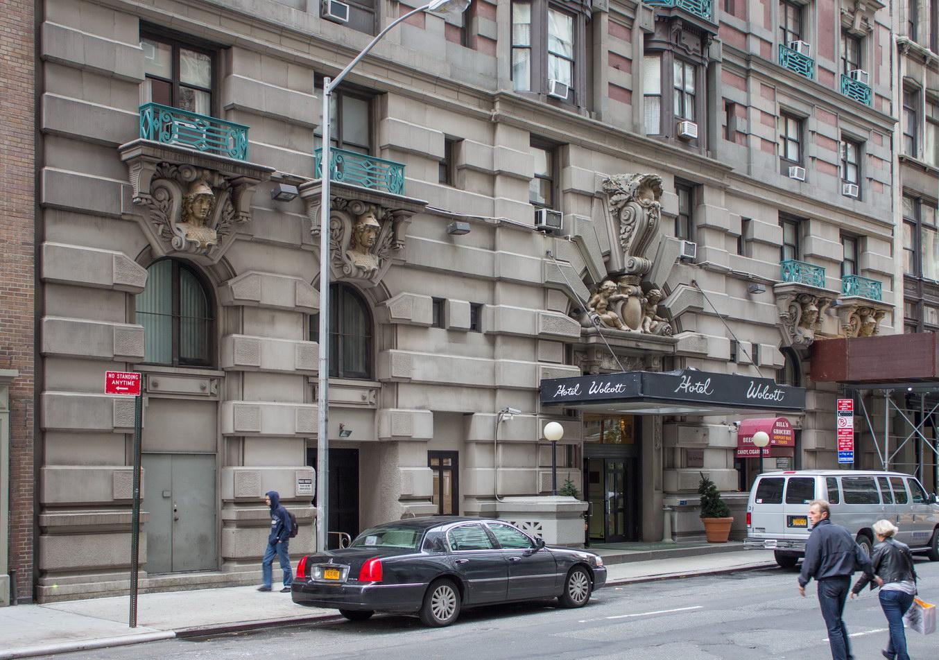 new york architecture photos hotel wolcott. Black Bedroom Furniture Sets. Home Design Ideas