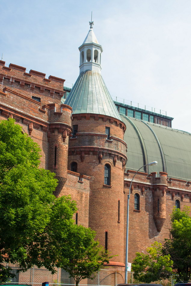 New york architecture photos kingsbridge armory for Kingsbridge homes