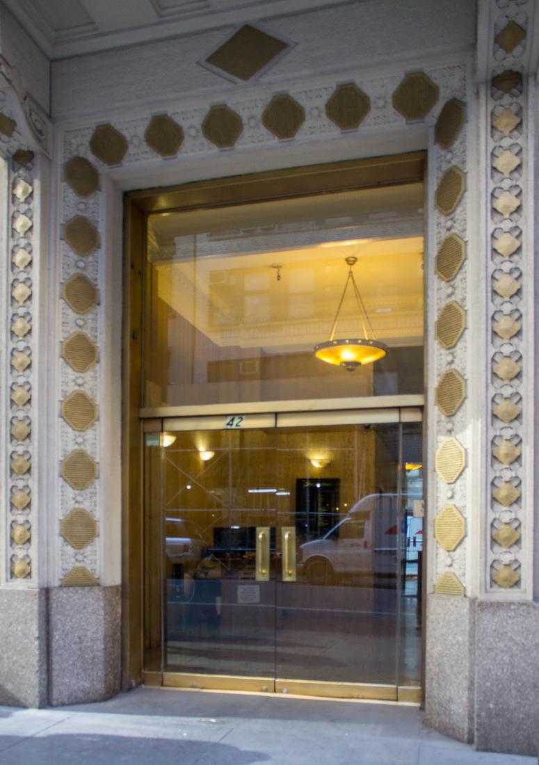 [Lefcourt Buildings] IMG_3550 [10/13/2012 2:38:24 PM]
