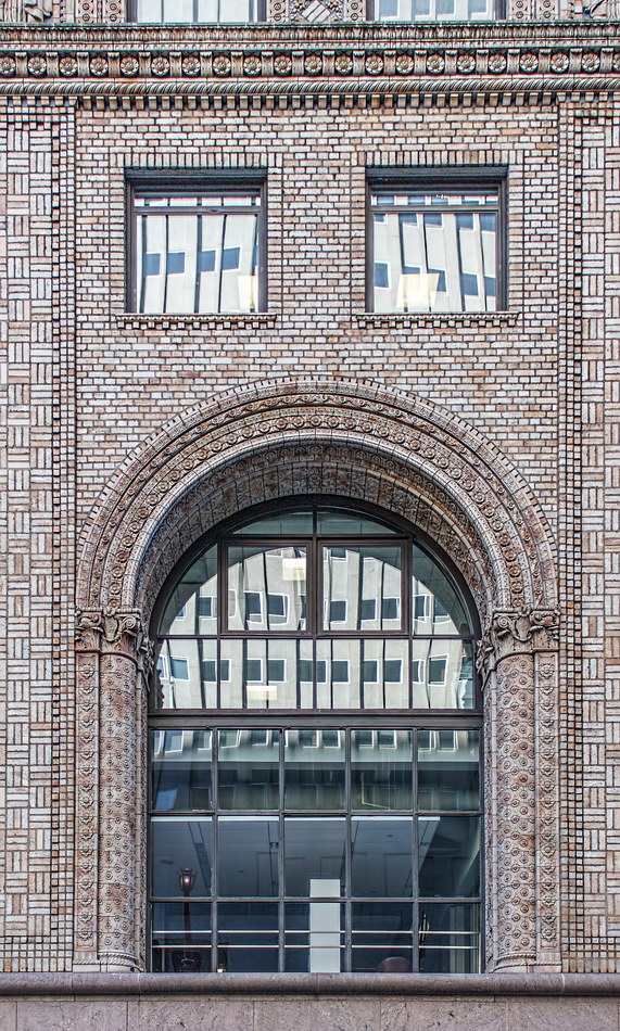 Pershing Square Building