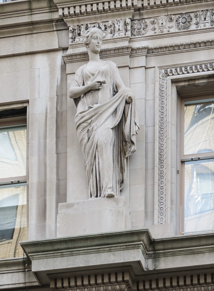 Apthorp statuary.