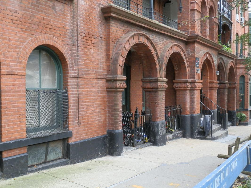 Brooklyn Heights: P9140134 [9/14/2011 3:11:12 PM]