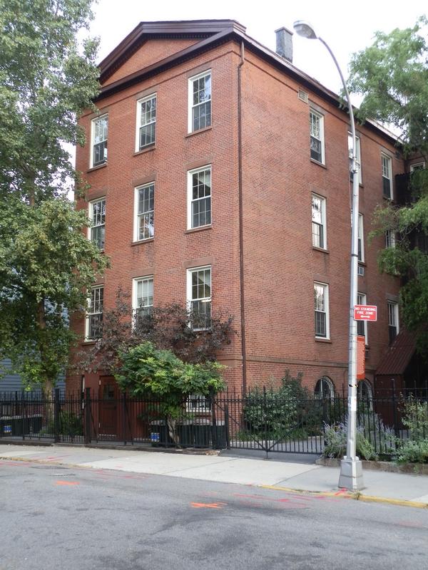 Brooklyn Heights: P9150003 [9/15/2011 7:37:13 AM]