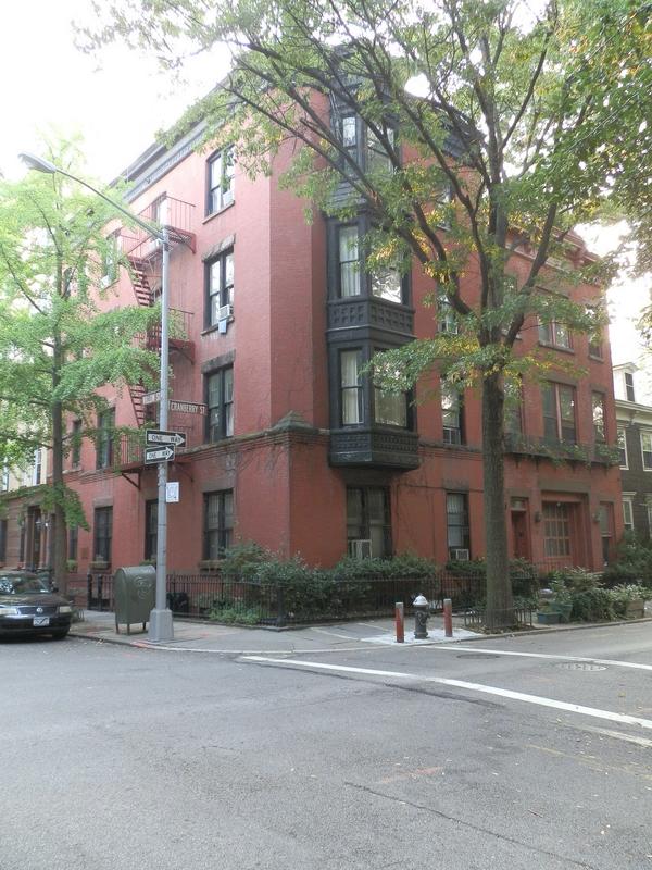 Brooklyn Heights: P9150018 [9/15/2011 7:53:22 AM]