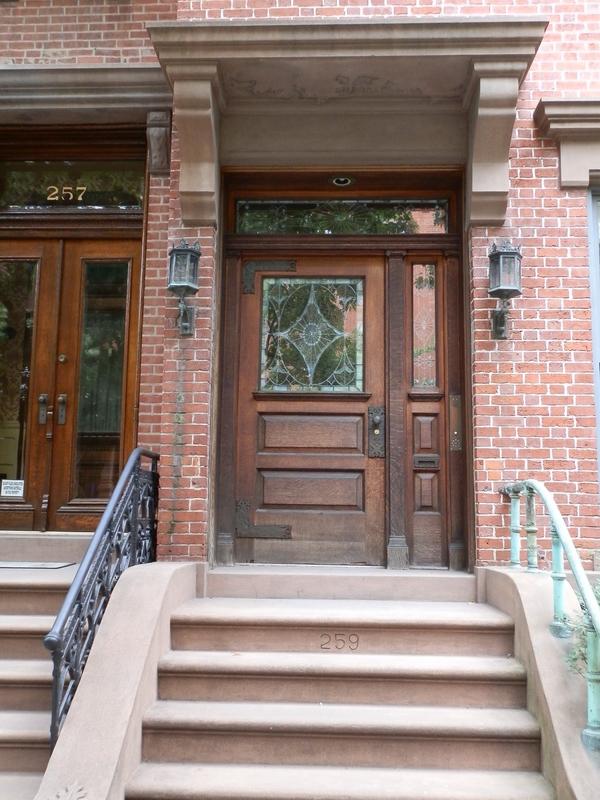 Brooklyn Heights: P9150230 [9/15/2011 11:27:12 AM]