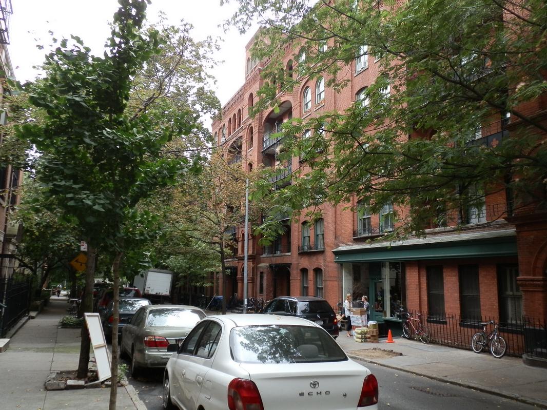 Brooklyn Heights: P9150257 [9/15/2011 12:01:34 PM]