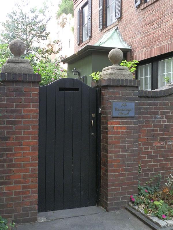 Doors of Brooklyn: d12 []