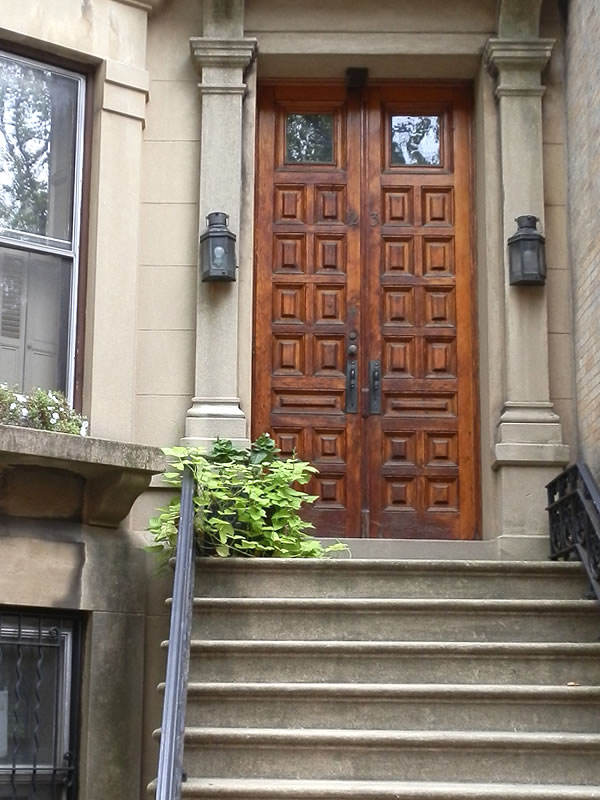 Doors of Brooklyn: d26 []