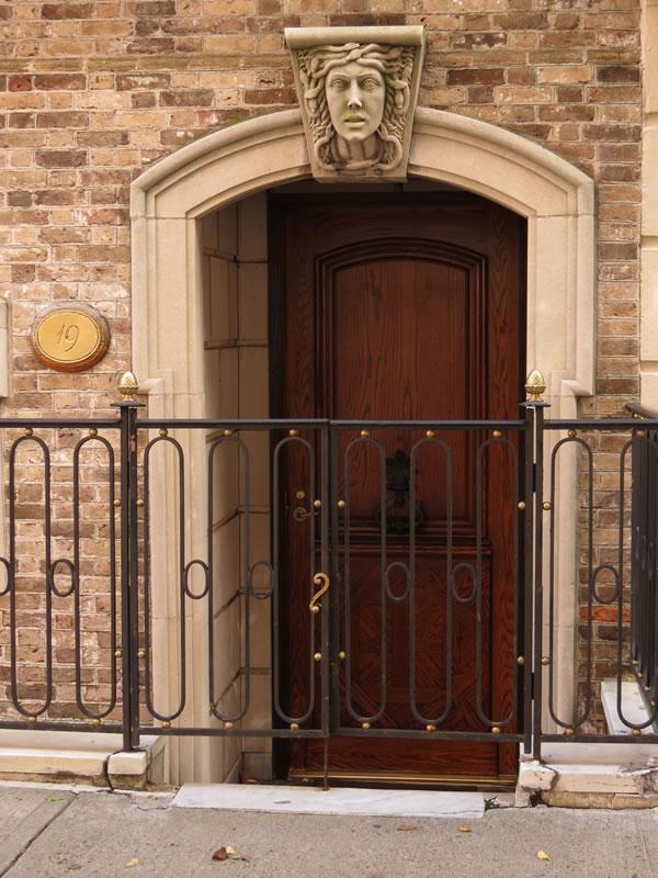 Doors of Manhattan: d49 []