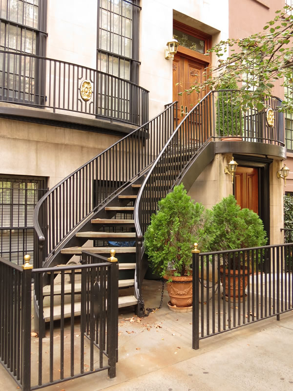 Doors of Manhattan: d56 []