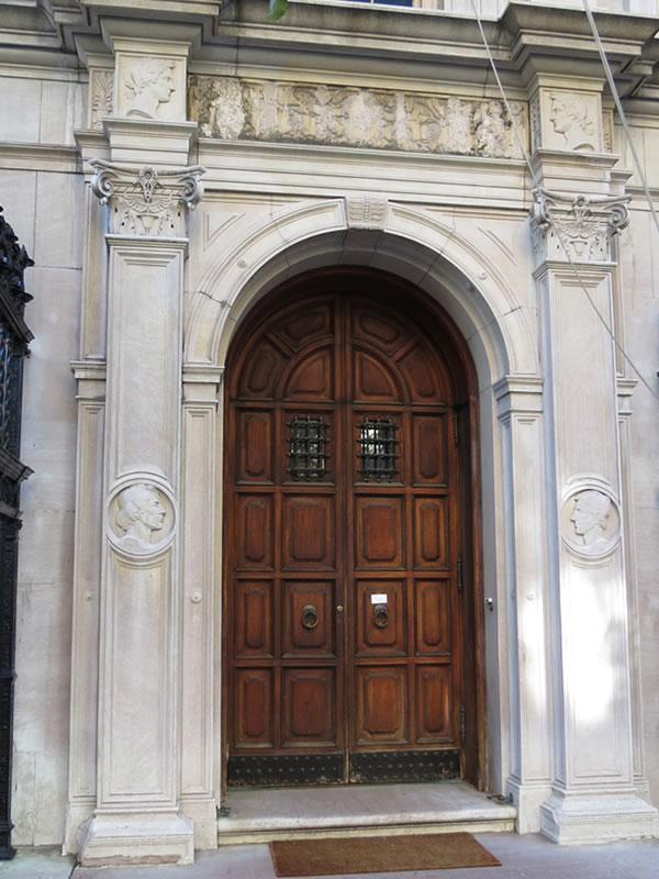 Doors of Manhattan: d58 []