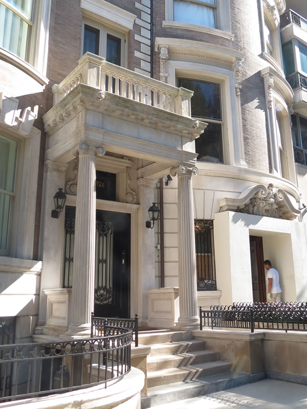 Doors of Manhattan: d62 []