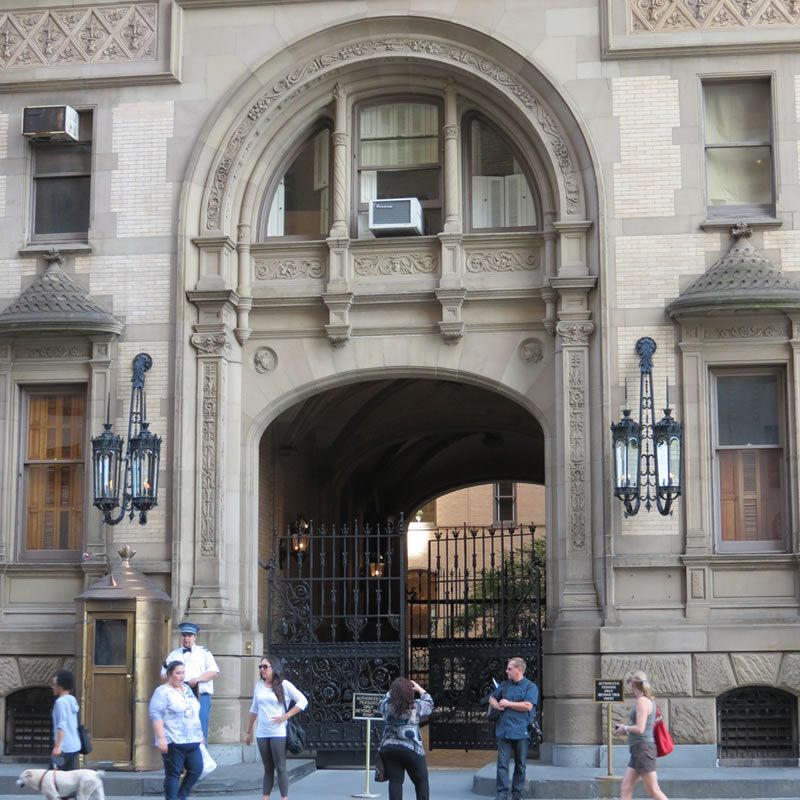 Doors of Manhattan: d67 []