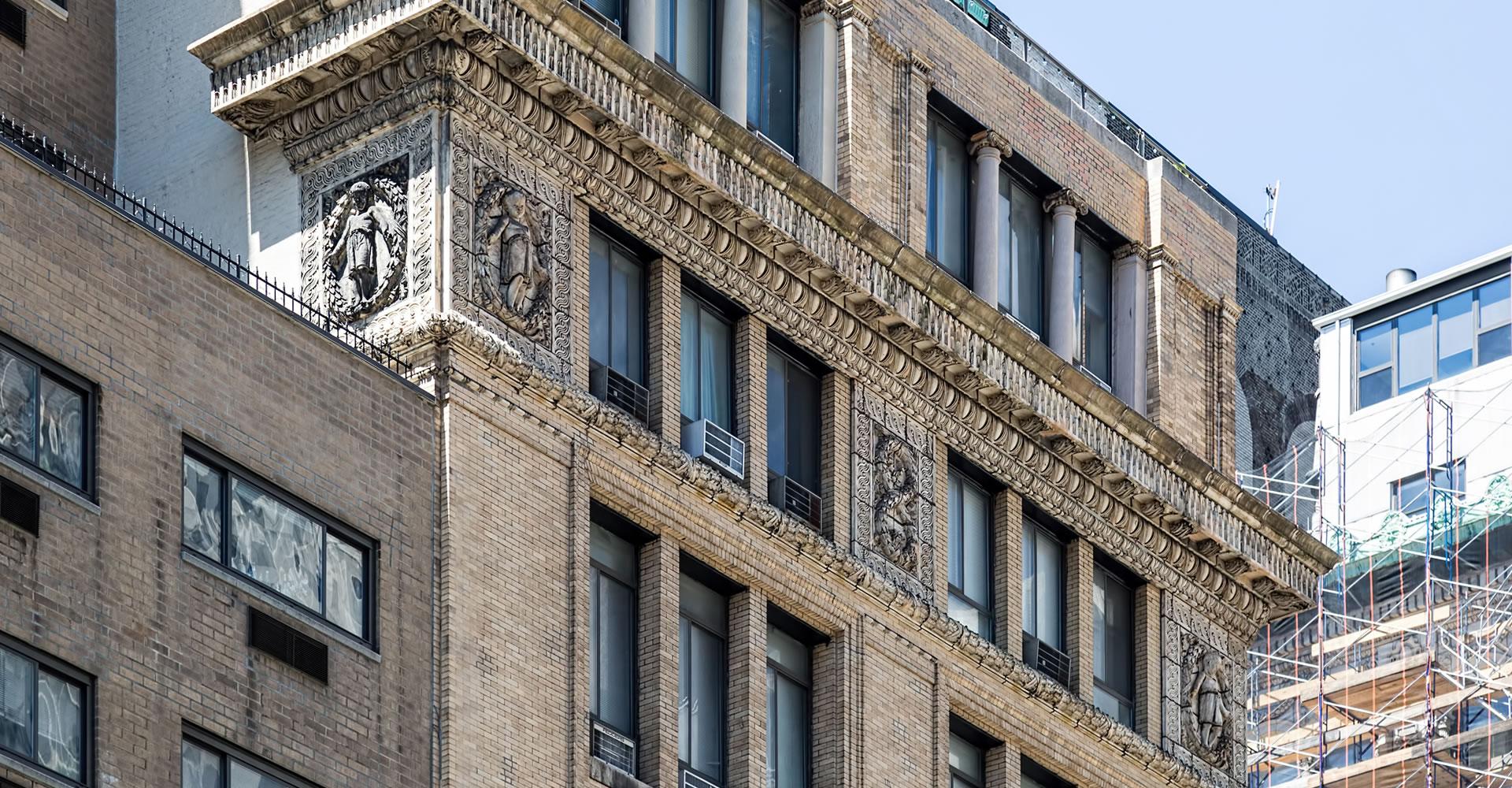 """<a href=""""../295-park-avenue-south"""" target=""""_top"""">295 Park Avenue South</a>"""