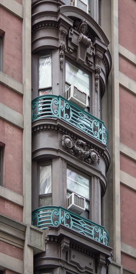 Hotel Wolcott - 4 W31st Street.
