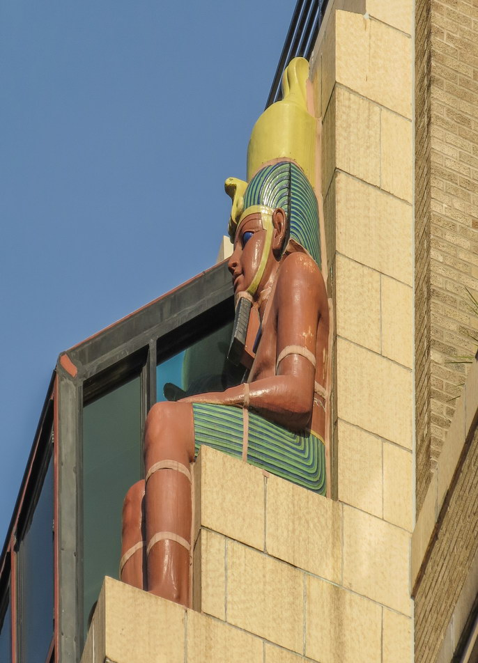Egyptian motif continues...