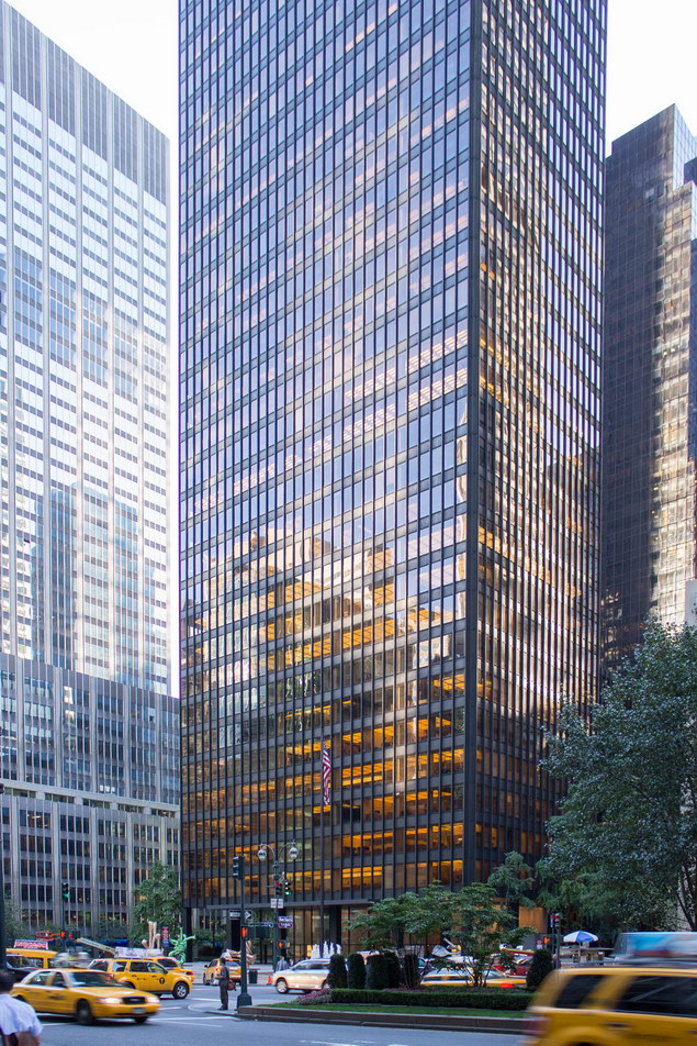 [Seagram Building] IMG_1696 [9/11/2012 8:03:47 AM]