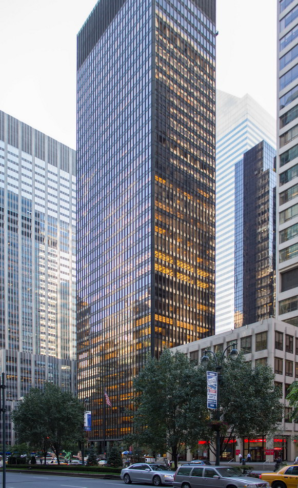 [Seagram Building] IMG_1698 [9/11/2012 8:04:36 AM]