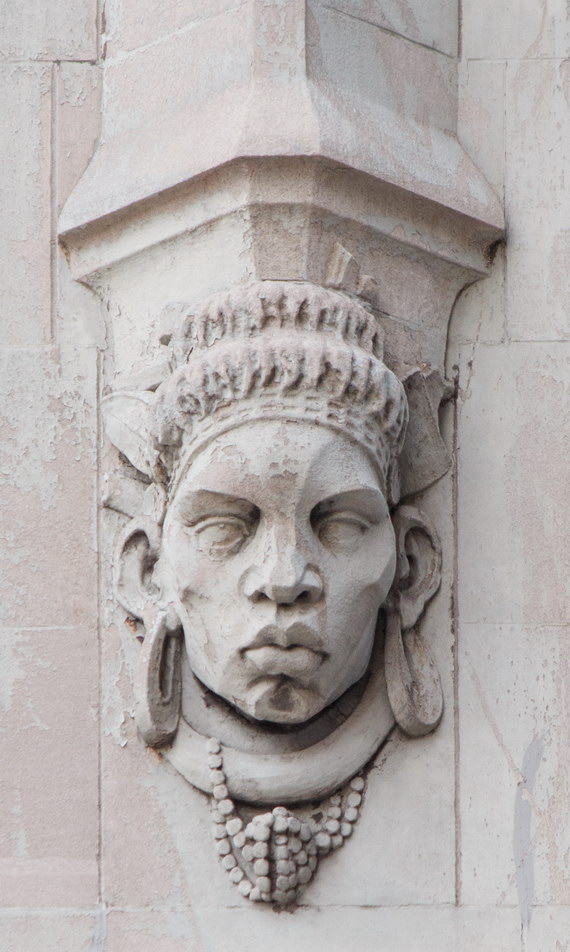 Four heads repeat around the Barclay Street, Broadway and Park Place facades. (2)